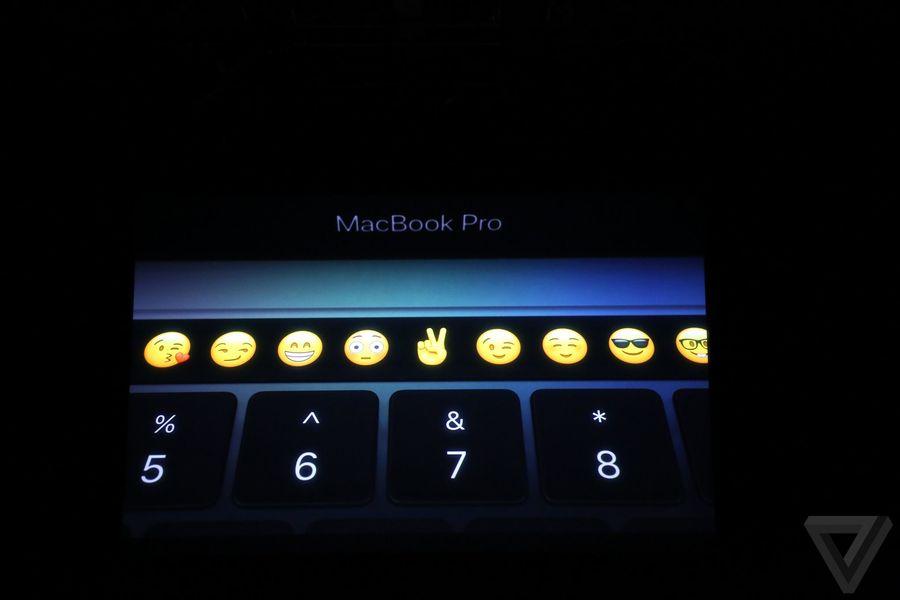 apple-macbook-event-20161027-8005-0