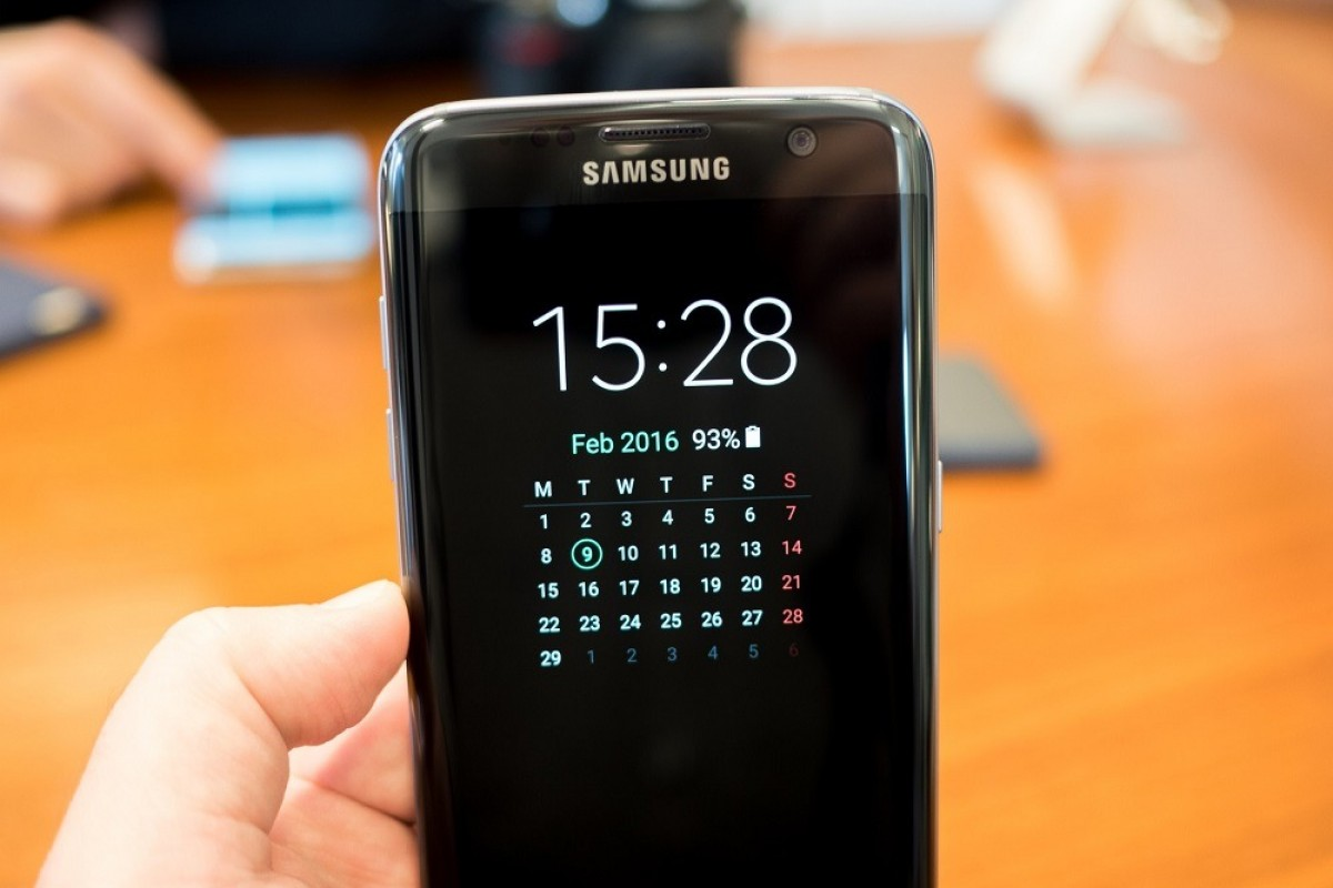 انتشار بهروزرسانی جدید برای صفحه نمایش همیشه روشن گلکسی S7