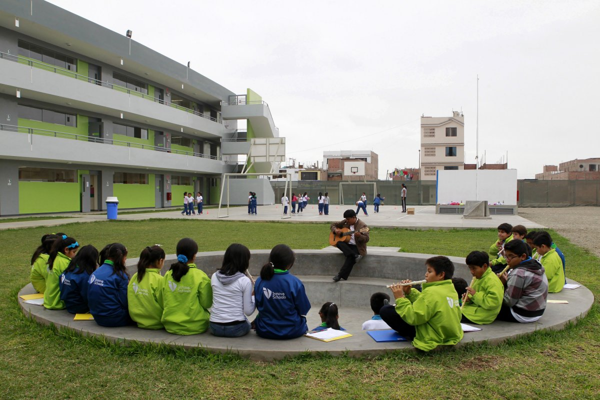 innova-schools-in-peru-the-schools-built-by-world-class-designers