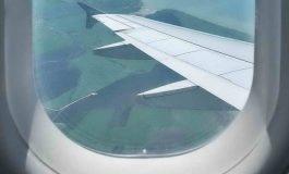 چرا روی پنجره هواپیماها یک سوراخ کوچک وجود دارد؟!