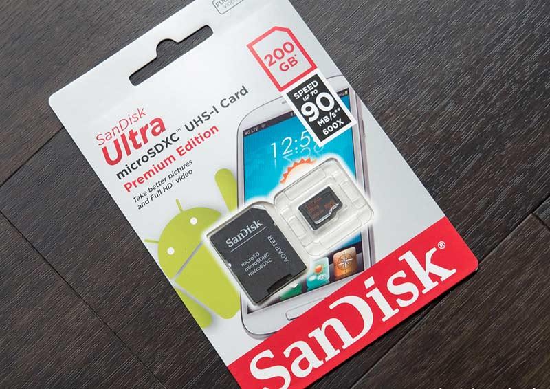 sandisk-200gb-microsd-card