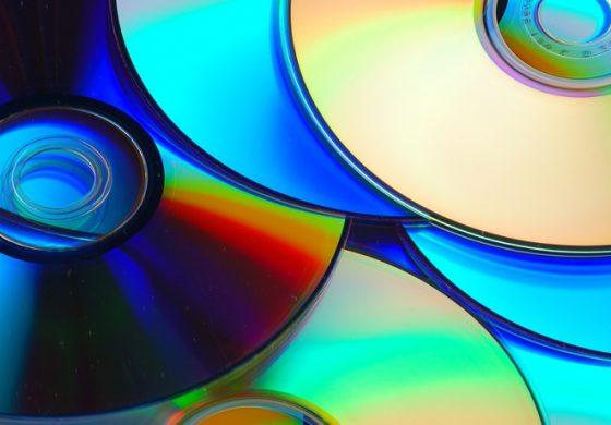 آشنایی با انواع دیسکهای ذخیره دیتا و تاریخچه آنها