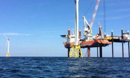 اولین نیروگاه بادی مستقر در دریای آمریکا آماده بهرهبرداری است