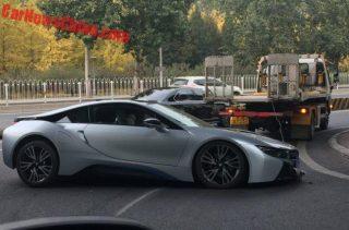 تصادف دردناک بیامو i8 در خیابانهای چین!