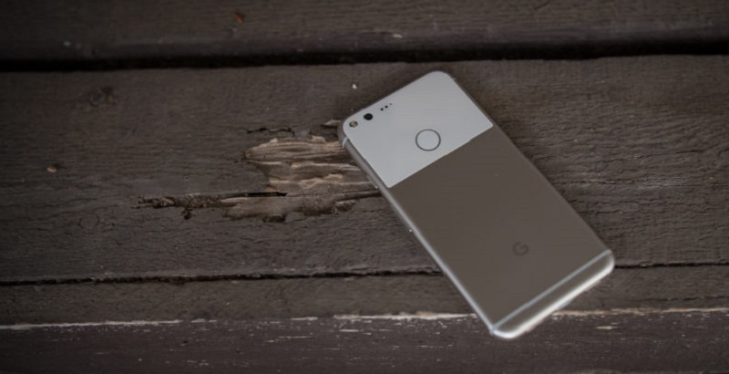 google-pixel-xl-initial-review-aa-37-of-48-back-featured-792x446