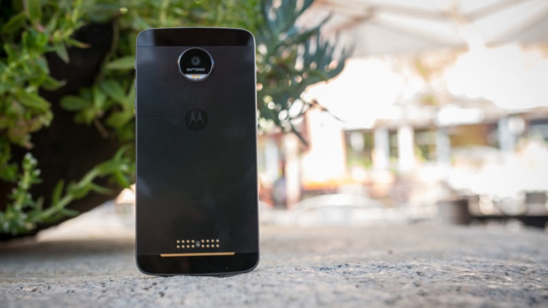 moto-z-review-aa-14-of-24-792x446