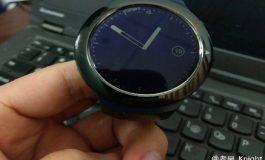 ساعت هوشمند اچتیسی در راه است