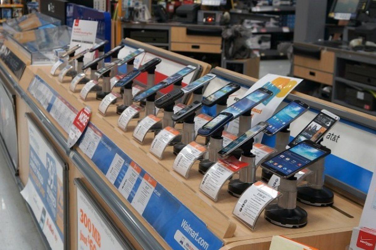 بهترین گوشیهای بازار در محدوده قیمتی ۱/۲ تا ۱/۵ میلیون تومان (مهر ۹۶)
