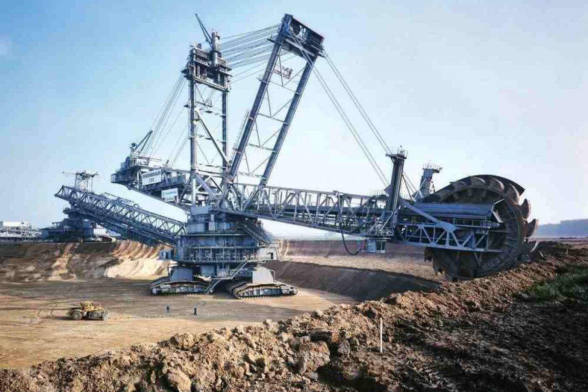 این ماشین حفاری بزرگترین دستگاه روی کره زمین است