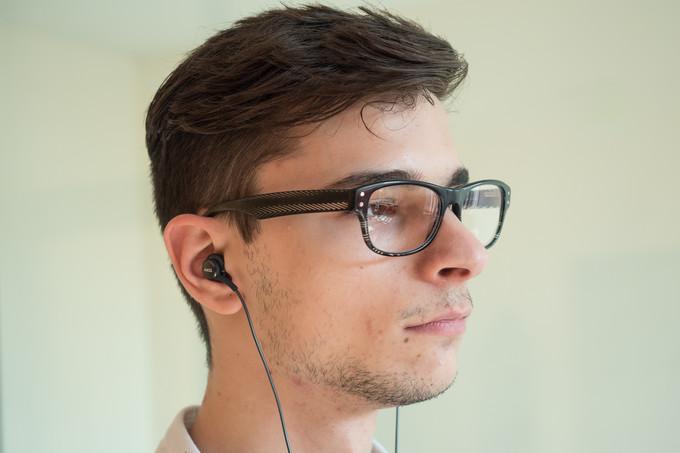 Galaxy-S8-AKG-earphones-02 نگاه نزدیک به هدفون AKG گلکسی S8