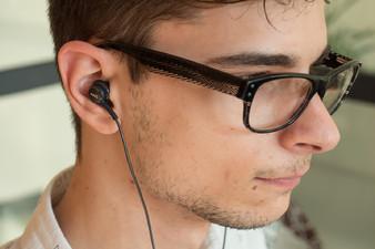Galaxy-S8-AKG-earphones-04 نگاه نزدیک به هدفون AKG گلکسی S8