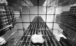 اپل و سامسونگ برای تصاحب بازار موبایل کشور انگلستان رقابت نزدیکی دارند