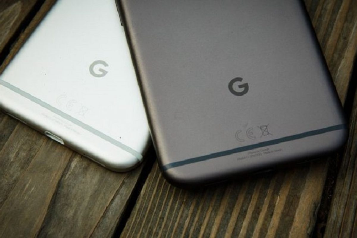 رندرهایی تازه از مدلهای آبی و نقرهای رنگ گوشی Pixel XL 2017 لو رفت
