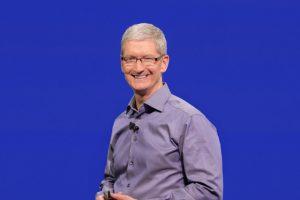 تیم کوک: اپل یک میلیارد دلار برای ایجاد دو میلیون شغل سرمایهگذاری میکند