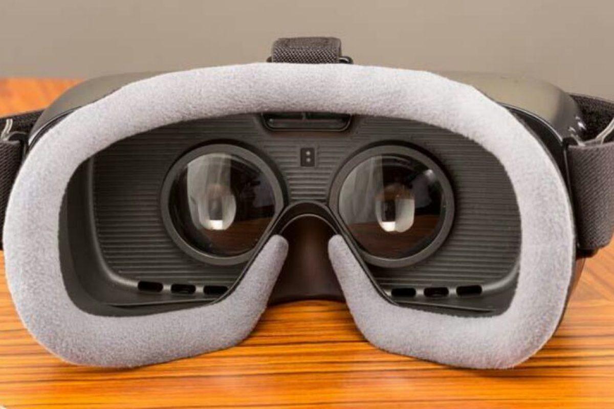 قیمت سامسونگ j9 2017 سامسونگ Gear VR 2017 با قیمت 100 دلار به آمریکا آمده است