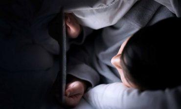 آیا واقعا استفاده از موبایل در شب باعث آسیب جدی به چشم انسان خواهد شد؟