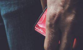 تصاویری از اسمارتفون جدید کمپانی شارپ مجهز به نمایشگر بدون حاشیه فاش شد