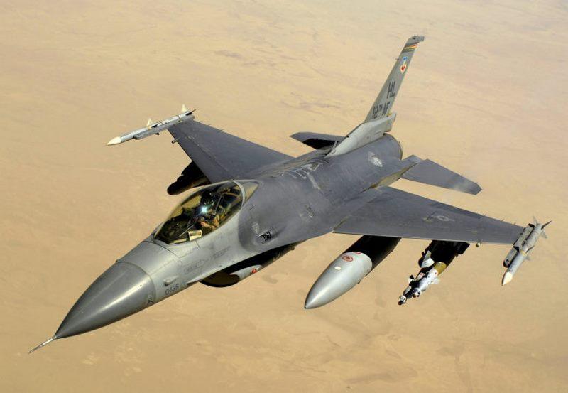 جنگنده اف-16