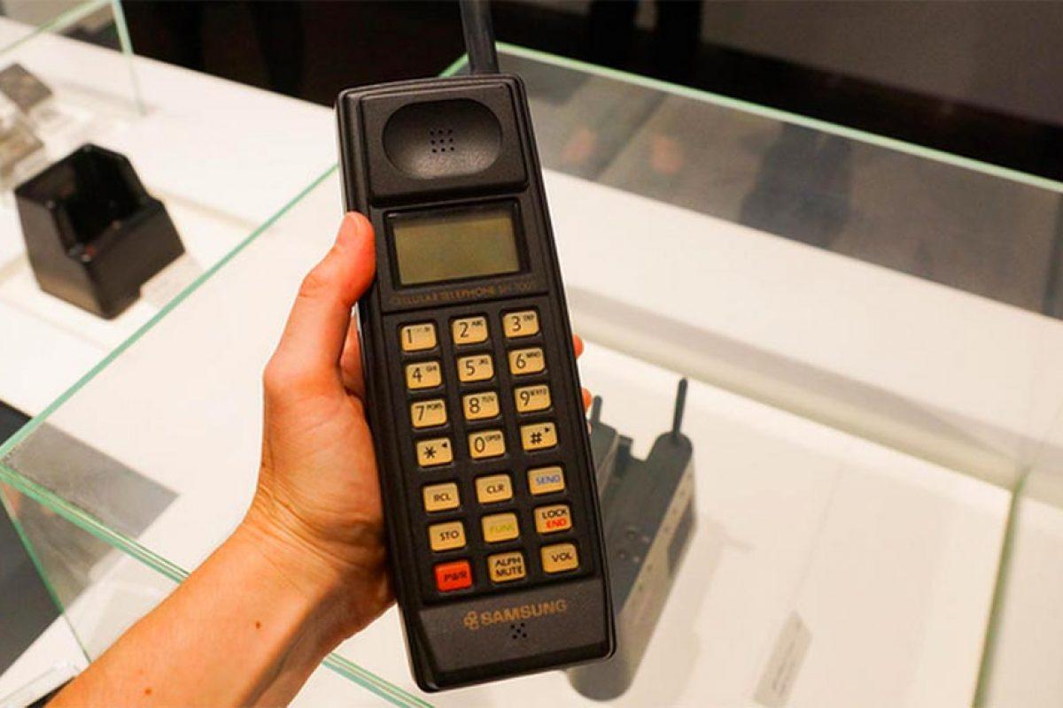 اولین تلفن همراه سامسونگ را بشناسید!