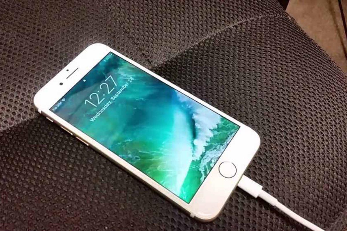 آیا نگهداشتن گوشی در شارژ بعد از ۱۰۰ درصد شدن، باعث بروز مشکل میشود؟