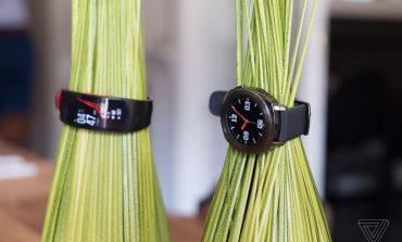 سامسونگ از ساعت هوشمند Gear Sport رونمایی کرد؛ نمایشگر 1.2 اینچی سوپرامولد بههمراه بدنه ضدآب