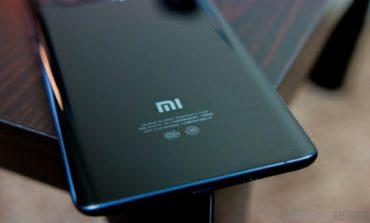گوشی شیائومی Mi Mix 2s از طراحی مشابه با آیفون X اپل بهره میبرد