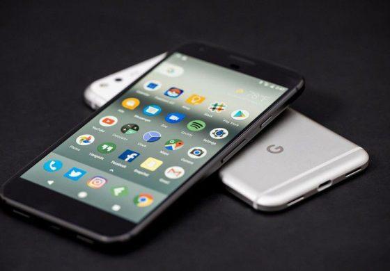 گوشی پیکسل 2 با قابلیت Active Edge و اندروید 8.0.1 همراه خواهد شد