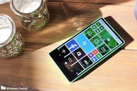2-6-450x300 مایکروسافت پروژه ساخت گوشی ویندوزفون مجهز به نمایشگر بدون حاشیه را کنسل کرد!