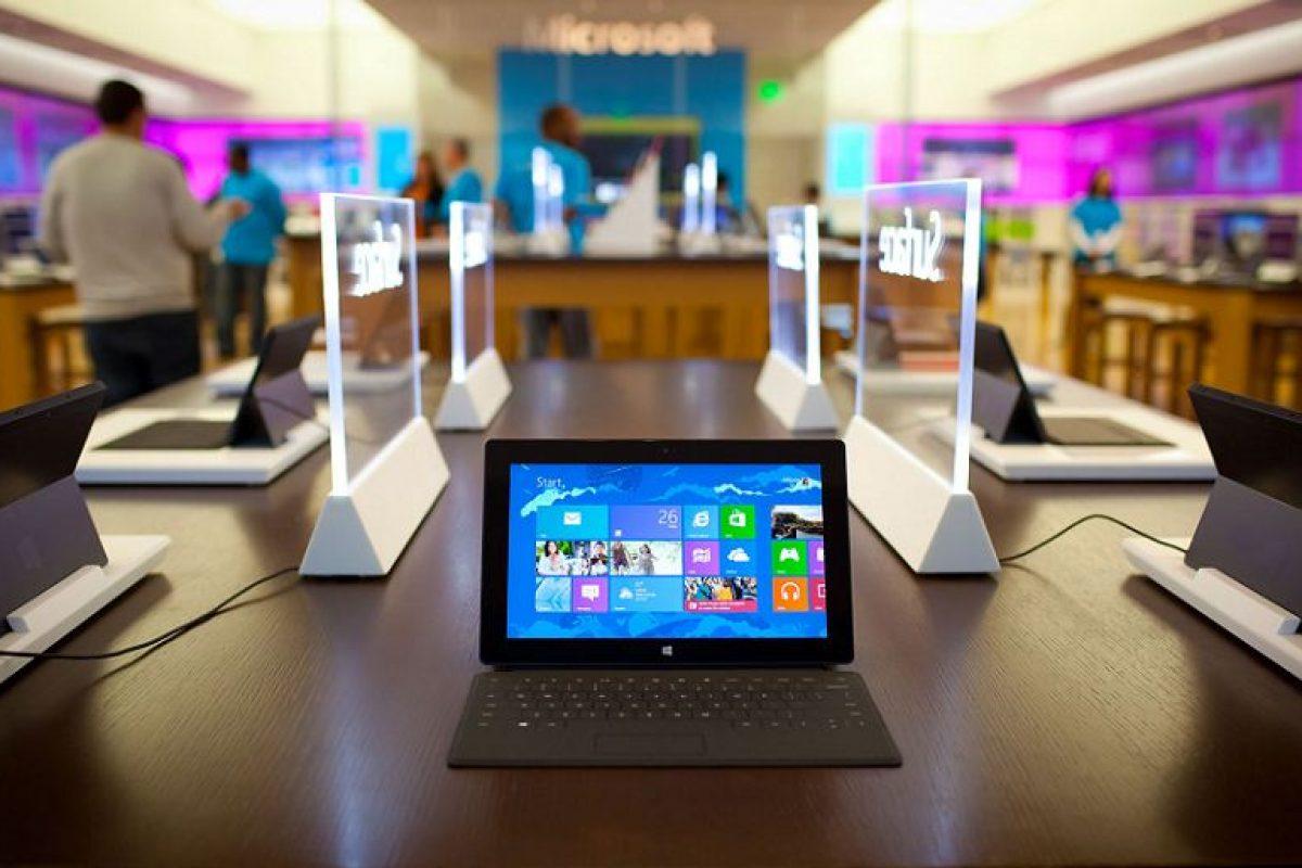 مایکروسافت شایعه متوقف کردن تولید محصولات سرفیس خود را بیاساس خواند