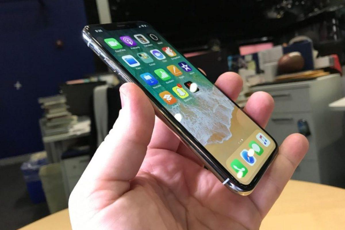 گزارش: موفقیت گوشی آیفون X در جذب نرخ بالای رضایتمندی مشتریان