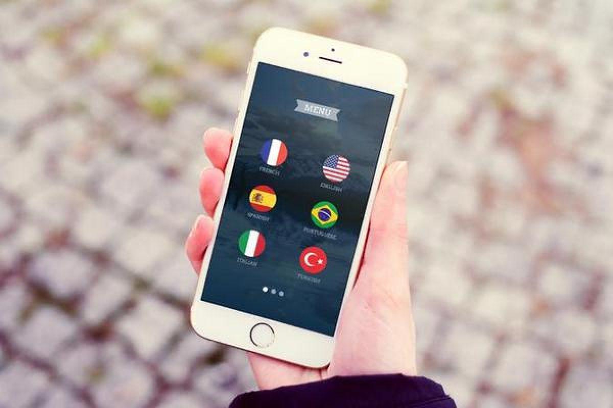 بررسی اپلیکیشن MoreLocale 2؛ فارسی را پاس بداریم!