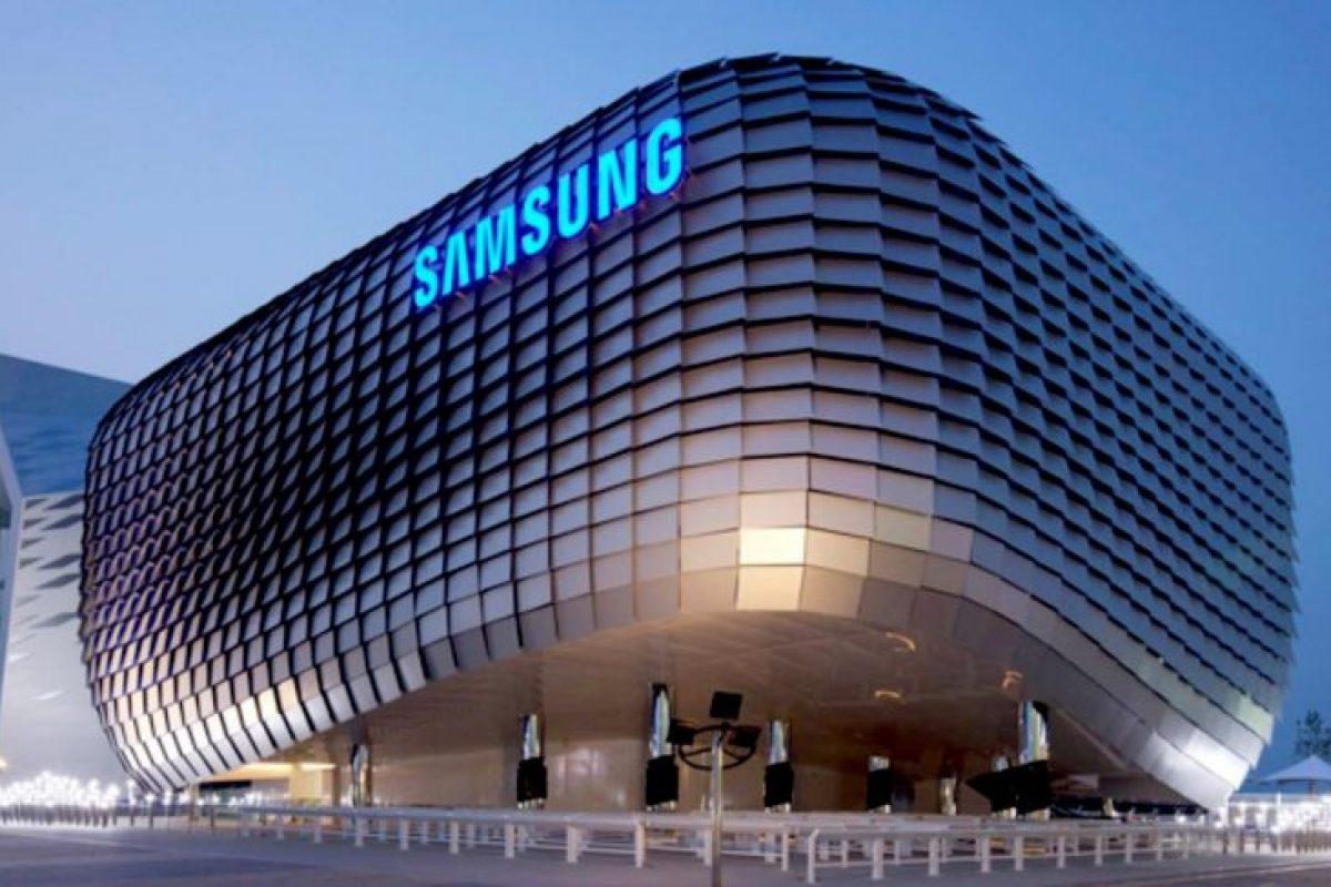 برنامه سامسونگ در سال ۲۰۱۸: فروش ۳۲۰ میلیون اسمارتفون و توسعه گوشی تاشو!