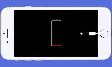 اپل وعده داده که بهروزرسانی بعدی iOS مشکلات باتری گوشیهای آیفون را برطرف خواهد کرد
