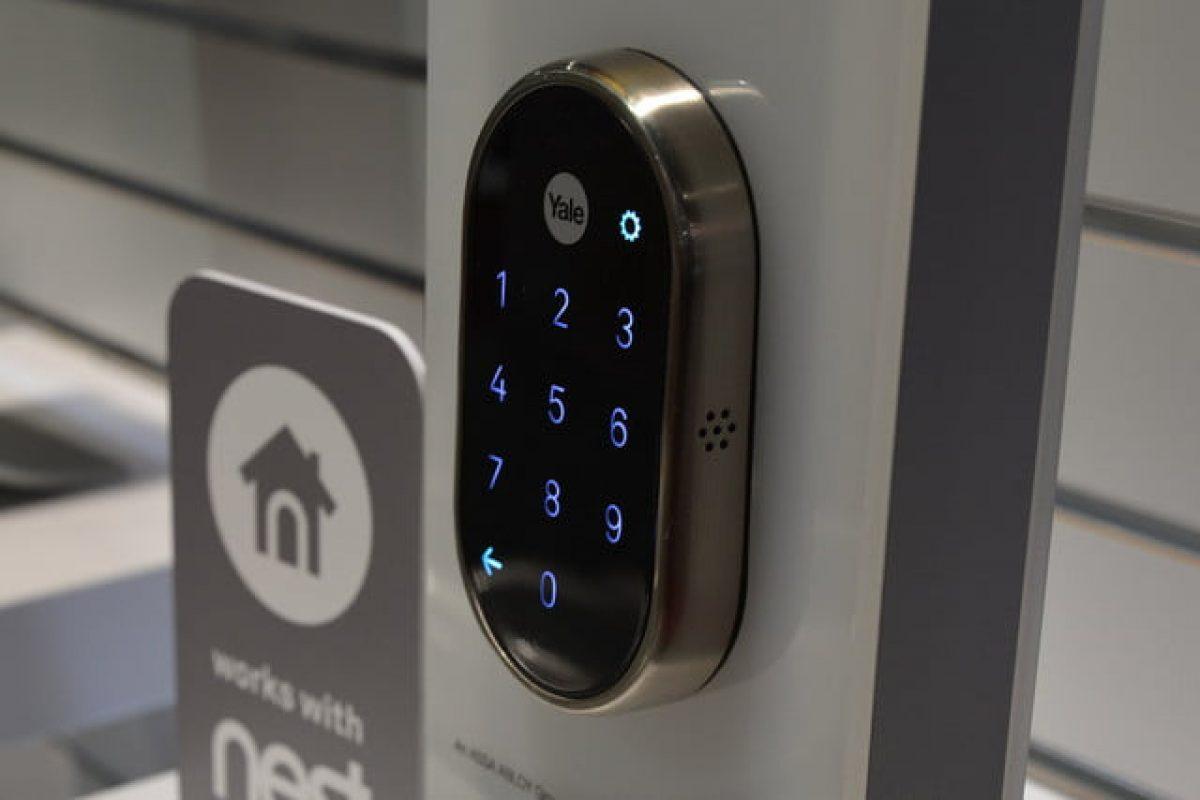 قفل کردن درب منزل خودتان را با اپلیکیشن و قفل نست کنترل کنید!