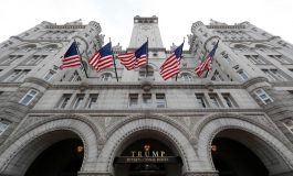 با هجوم کاربران Yelp، هتل ترامپ در واشنگتن با دریافت دو ستاره به عنوان طویله شناخته شد!