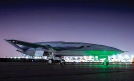 بوئینگ یک هواپیمای جدید را بررسی و آزمایش کرد