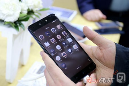 TECNO-Mobile-13-450x300 فروشگاه رسمی تکنو موبایل در ایران افتتاح شد