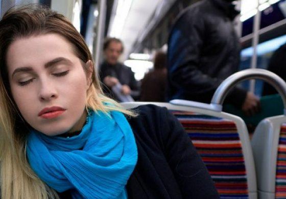 در زمان کمخوابی چه اتفاقی برای مغز میافتد؟