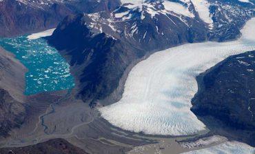محققان سرانجام علت اختلاف در سرعت ذوب شدن یخچالهای گرینلند را کشف کردند