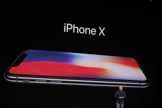 Analyst-expects-Apple-to-sell-350-million-iPhone-handsets-over-the-next-12-to-18-months اپل در 12 تا 18 ماه آینده 350 میلیون دستگاه آیفون به فروش خواهد رساند