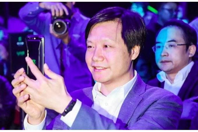 Xiaomi-Mi-Band-3-to-be-announced-on-May-31-alongside-Mi-8-flagship-it-costs-less-than-30 مچبند هوشمند شیائومی Mi Band 3 در راه است