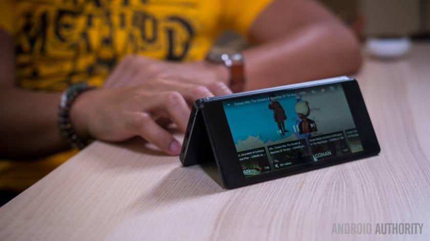 گوشیهای تاشو چگونه میتوانند آینده را از آن خود کنند؟!