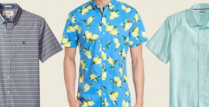 summer-shirts-for-men-in-beach 10 قانون برای داشتن یک استایل مردانه تابستانی