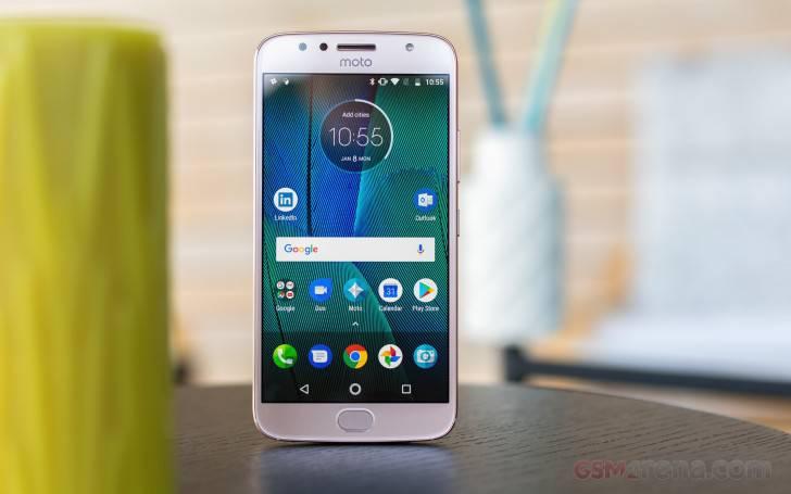 Motorolla-Moto-G5S-Plus راهنمای خرید گوشی هوشمند با بودجه 2 تا 3 میلیون تومان (مهر ماه 97)