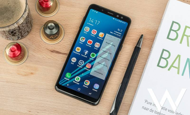Samsung-Galaxy-A8-2018-review-00 راهنمای خرید گوشی هوشمند با بودجه 4 تا 5 میلیون تومان (مهر ماه 97)