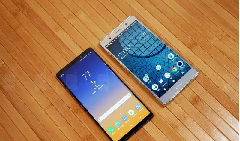 Samsung-Galaxy-Note-9-vs-Sony-Xperia-XZ2-Premium-3-of-19 مقایسه گلکسی نوت ۹ با اکسپریا XZ پریمیوم؛ نبرد لاکچریها!