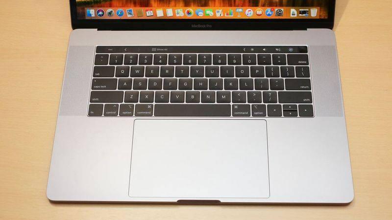 apple-macbook-pro-2018-2 4 دلیل برای اینکه اپل مکبوک پرو ۲۰۱۸ را نخریم!