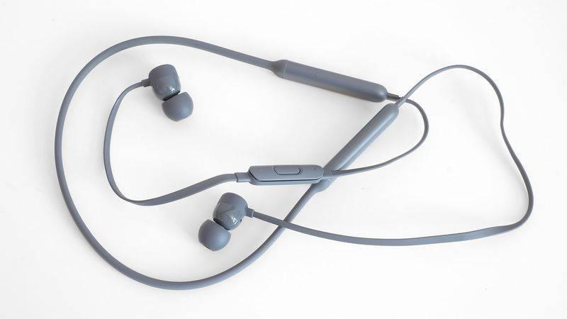 beats-x-2-2-1920x1080 نگاهی نزدیک به هندزفری BeatsX اپل: حس خوب شنیدن موزیک!