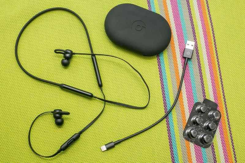 beatsx-06 نگاهی نزدیک به هندزفری BeatsX اپل: حس خوب شنیدن موزیک!