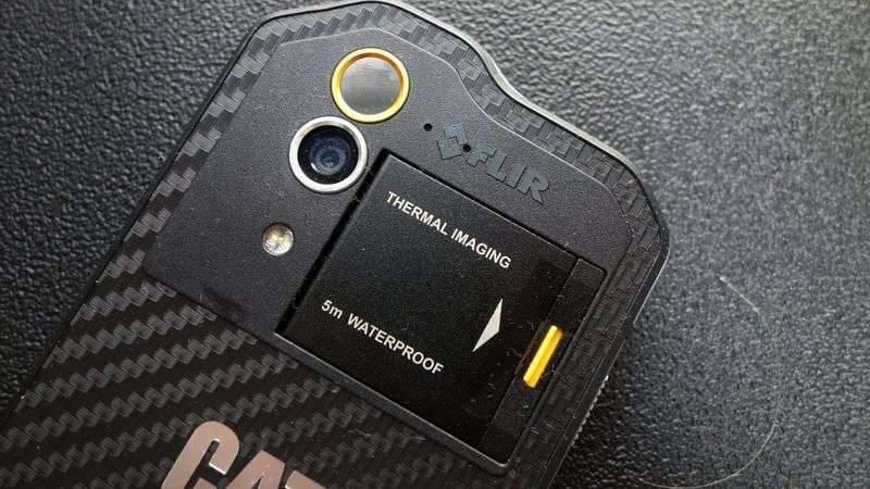 cat-s60-5-3-1220x687 چند دلیل برای آنکه بدانید گوشیهای کاترپیلار ارزش خرید ندارند!